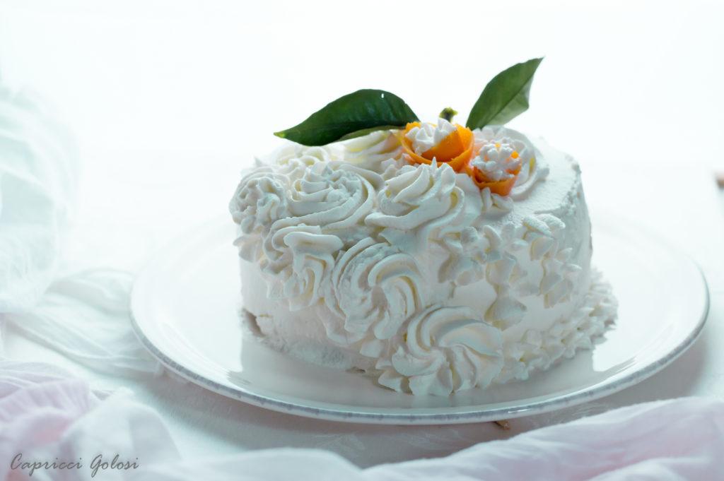 Torta regina ripiena crema e panna